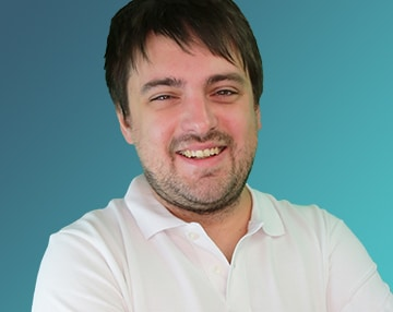 Bild von Lukas Bürdek, SEO-Manager bei xeomed.